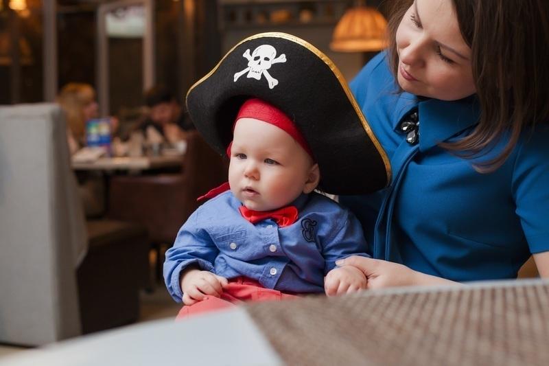 Ребенок пират